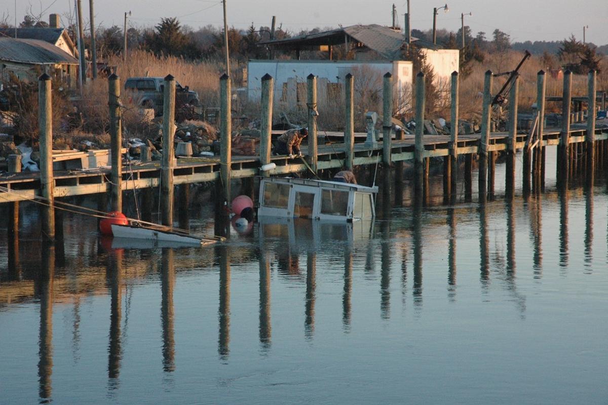 Cedar Creek sunken boat