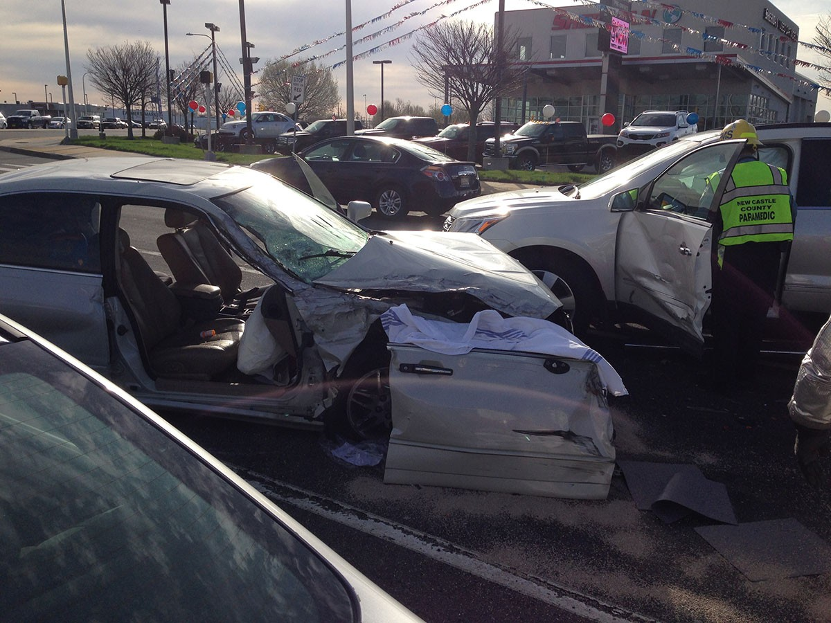 4 hurt in 5-vehicle crash at Hares Corner – Delaware Free News