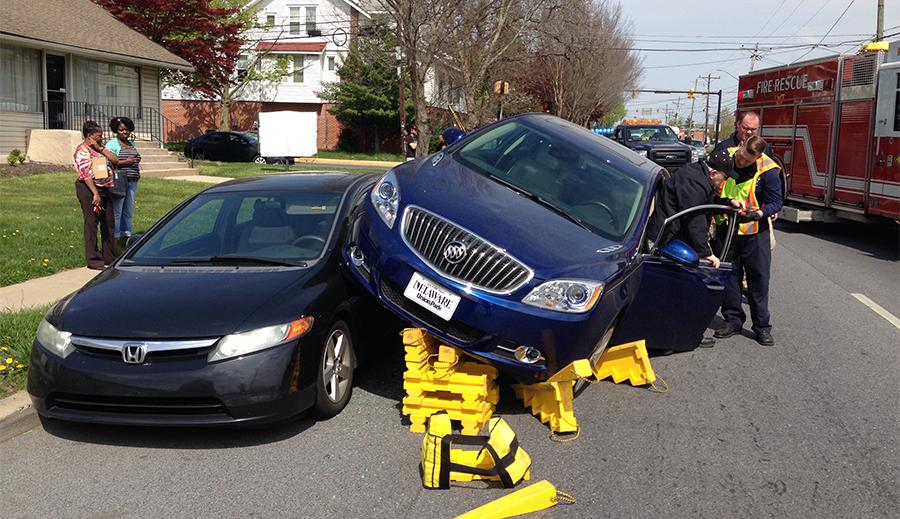 Accident scene on Kirkwood Highway in Elsmere. (Photo: Delaware Free News)
