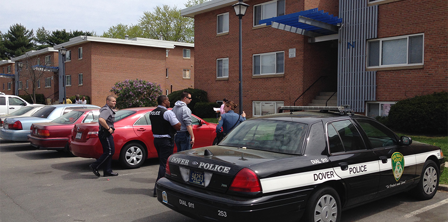 Police search at the nearby Autumn Run apartment complex on Webbs Lane. (Photo: Delaware Free News)