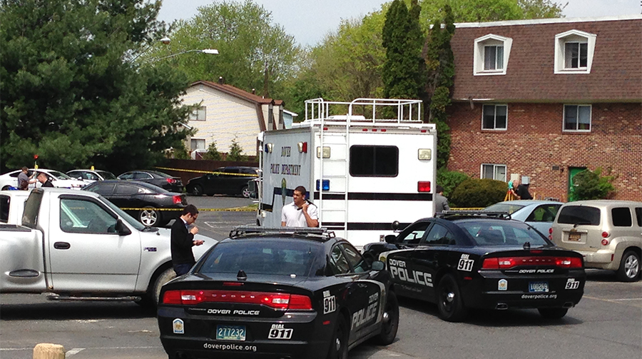 Police investigate homicide at Pine Grove Apartments in Dover. (Photo: Delaware Free News)