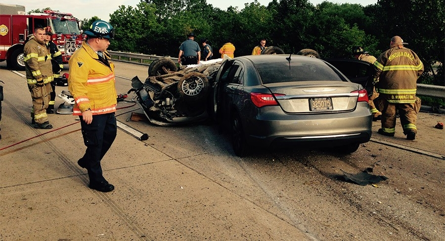 Fatal rollover crash on southbound I-495 near Wilmington (Photo: Delaware Free News)