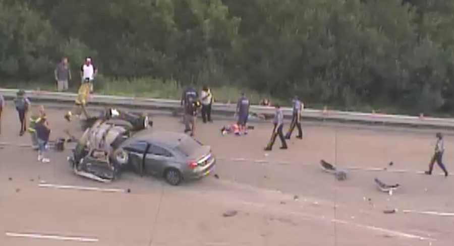 Fatal rollover crash on I-495 near Wilmington