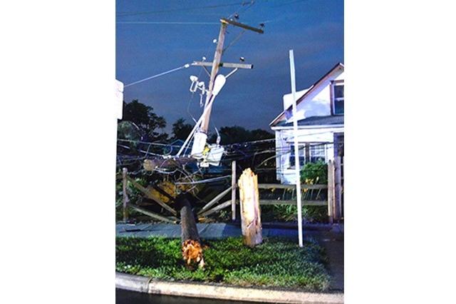 Storm Pole in 3100 block New Castle Avenue)