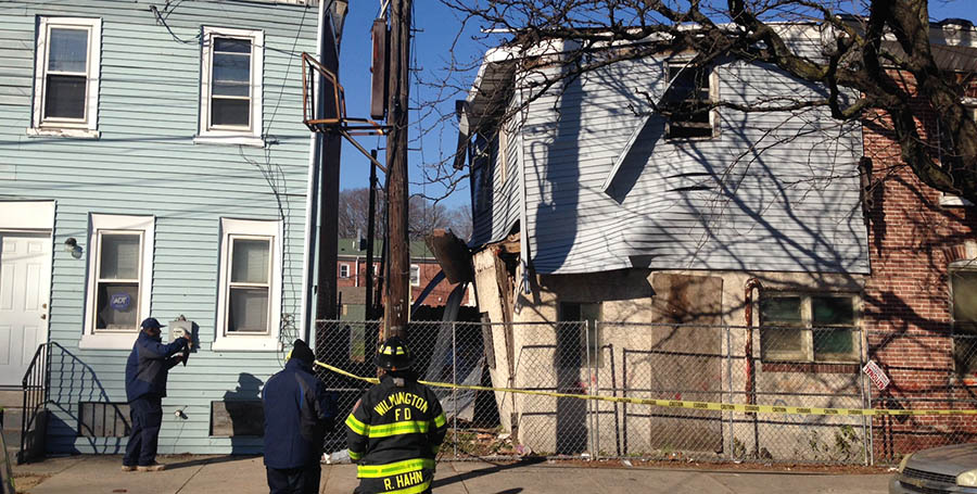 Bulging wall was visible on side of building at B and South Heald streets in Wilmington. (Photo: Delaware Free News)