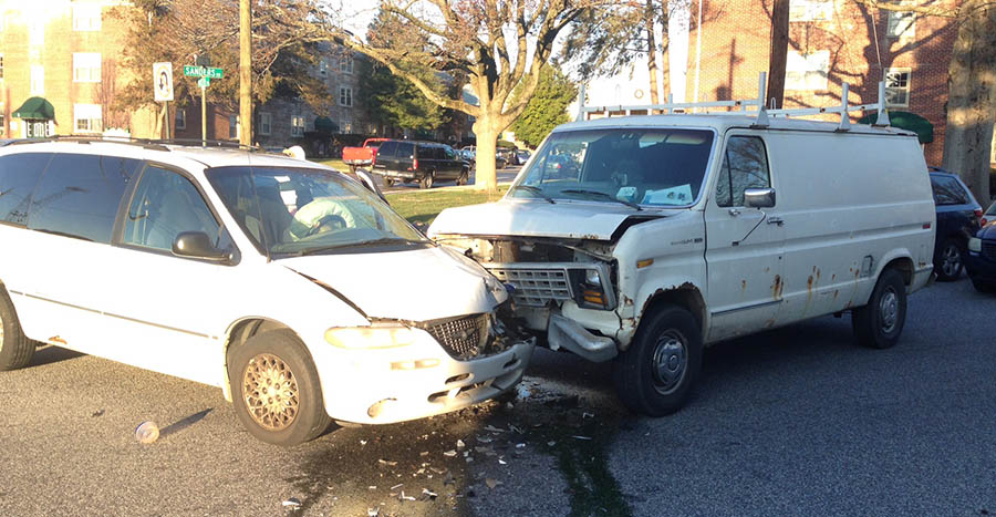 Accident scene at Sanders and Ruth roads in Elsmere (Photo: Delaware Free News)