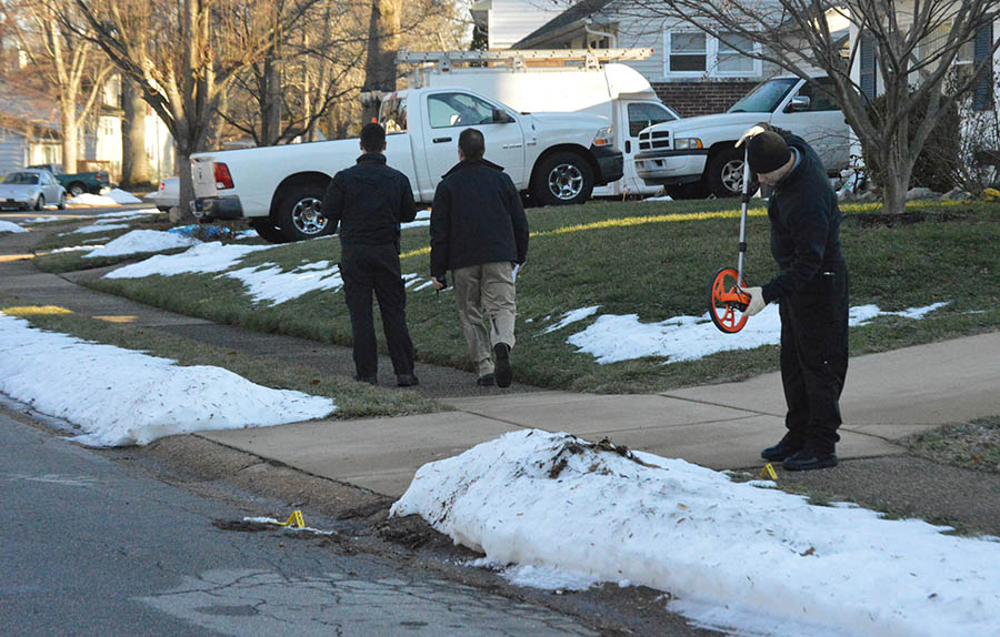 Police investigate on Compass Drive in Radnor Woods. (Photo: Delaware Free News)