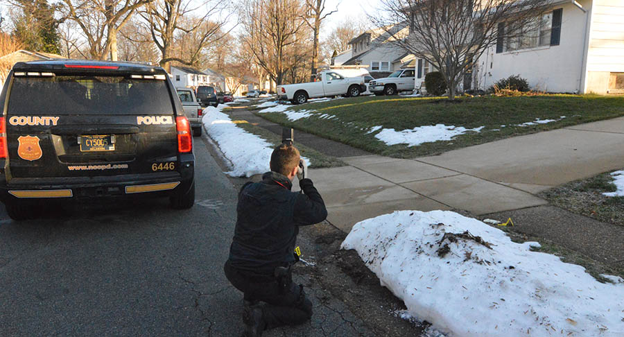 Police investigate incident on Compass Drive in Radnor Woods. (Photo: Delaware Free News)