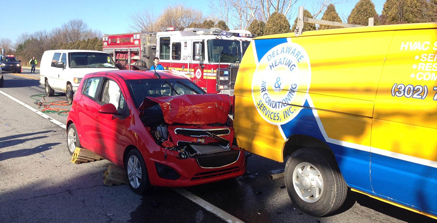 3 hurt in Old Baltimore Pike crash – Delaware Free News