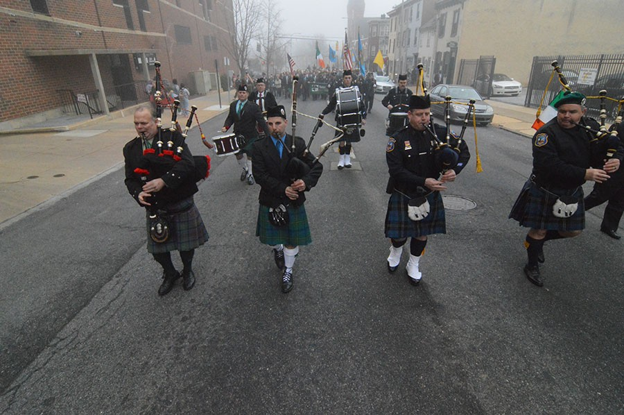Saint Patrick's Day Society held its parade on a foggy morning in Wilmington. (Photo: Delaware Free News)