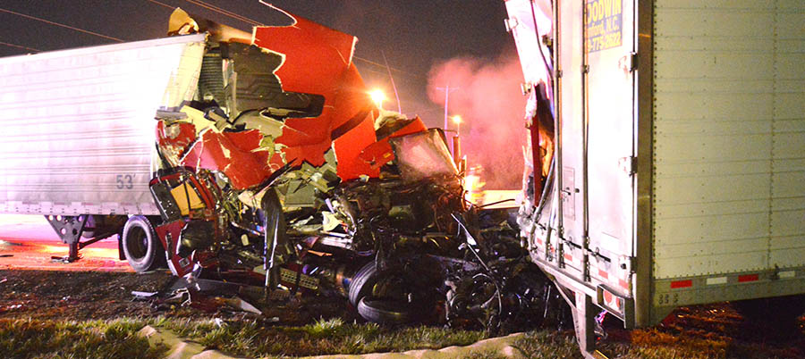 Two tractor-trailers collided on southbound Route 896 just north of U.S. 40 in Glasgow. (Photo: Delaware Free News)