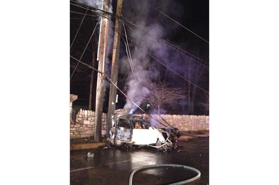 Two people died in crash on New Castle Avenue. (Photo: Delaware Free News)
