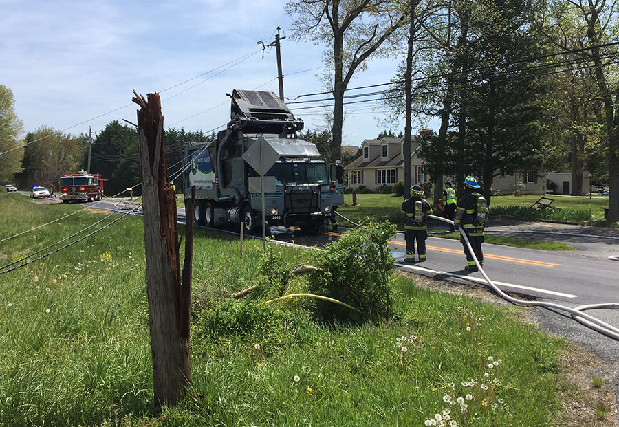 Accident on Denny Road in Glasgow (Photo: Delaware Free News)