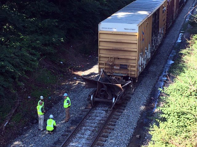 CSX railroad car separated from its wheels in Wilmington. (Photo: Delaware Free News)