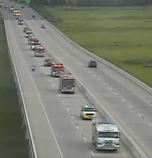 Motorcade escort of emergency vehicles travels south along Route 1 south of Dover. (Photo: Delaware Free News)