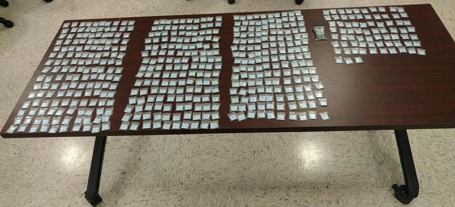 Smyrna police said they seized 523 bags of heroin following a traffic stop. (Photo: Smyrna police)