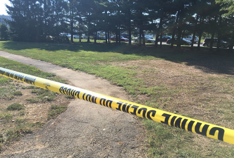 Police tape was placed around area of double shooting at Liberty Court Apartments. (Photo: Delaware Free News)