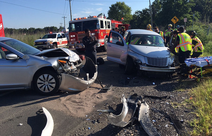 Crash scene on Route 9 in New Castle (Photo: Delaware Free News)