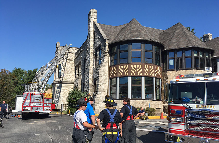 Elsmere Fire Company extinguished fire at A.I. DuPont Middle School on Kennett Pike (Route 52). (Photo: Delaware Free News)