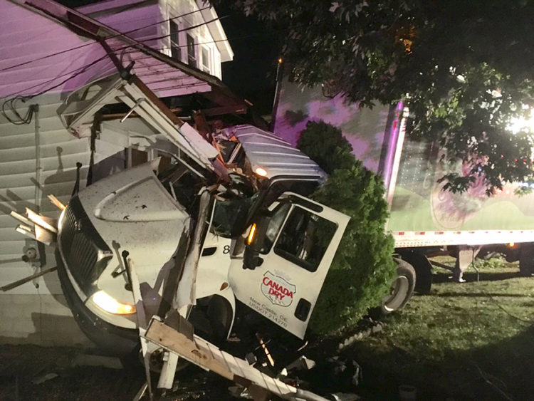 Tractor-trailer hit home in 300 block of Moores Lane in New Castle. (Photo: Delaware Free News)