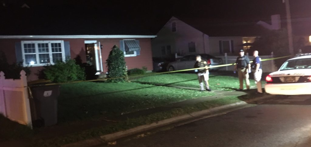 Police investigate home invasion shooting in Chelsea Estates. (Photo: Delaware Free News)