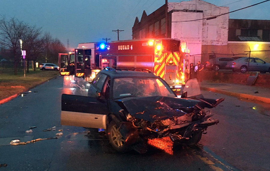 Crash scene on 12th Street near Young Correctional Institution in Wilmington (Photo: Delaware Free News)