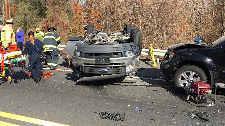 Three vehicles were involved in head-on crash on Lancaster Pike near Sanford School. (Photo: Delaware Free News)