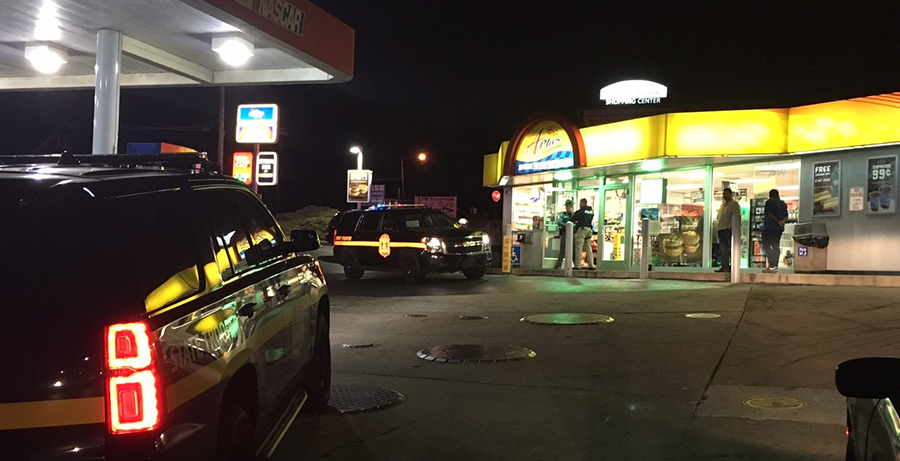 Troopers investigate robbery at A+ Mini Mart, 1950 Maryland Ave. (Photo: Delaware Free News)