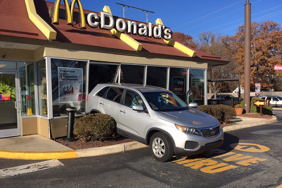 SUV crashed into wall at McDonald's Restaurant on Stanton Ogletown Road. (Photo: Delaware Free News)