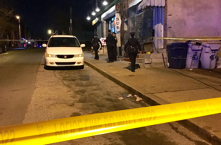 Wilmington police investigate shooting of a man at Seventh and West streets. (Photo: Delaware Free News)