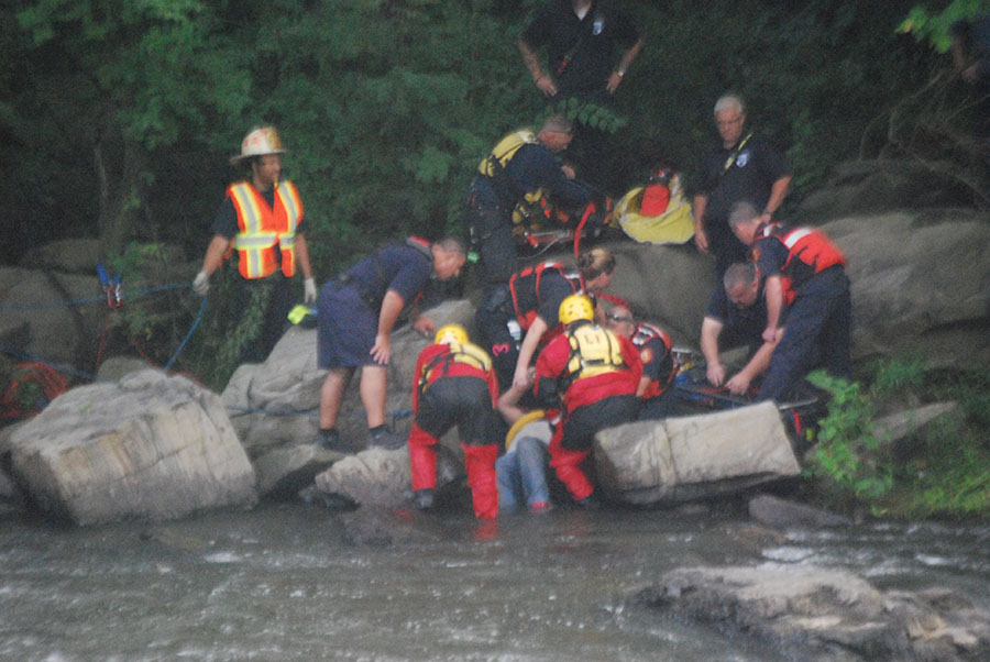 A man in distress in the Brandywine was rescued by Wilmington firefighters. (Photo: Delaware Free News)